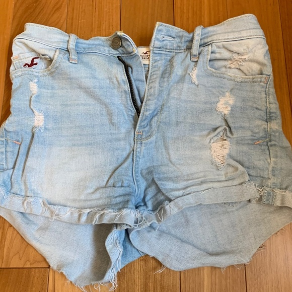 Hollister Pants - Hollister Size 1 JUNIORS W25 short high rise white
